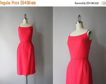 STOREWIDE SALE 1960s Dress / Vintage 60s Little Red Dress / 50s Linen Wiggle Dress