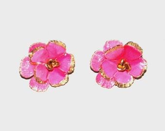 1960s posey earrings / 60s vintage flower earrings / Pink Posey Clip-On Earrings