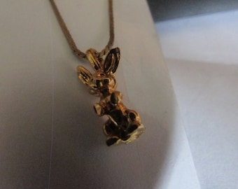 small bunny pendant necklace
