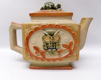 Vintage owl teapot