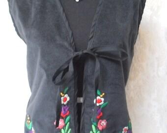50% OFF VEST Work of Art Vintage Wearable Art Whimsical Velvet Hand Embroidered - Black Velvet