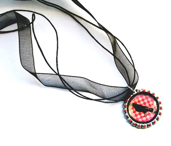 Crow Organza Ribbon Necklace, Bottle Cap Red Checkered Black Crow Necklace with Organza Ribbon, Organza Ribbon Crow Choker Necklace