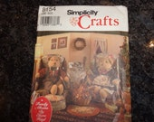 Vintage Simplicity crafts bear and accessories pattern
