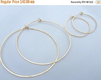 Set of 2 pairs of hoops, gold earrings, gold hopps, gold filled hoops, hoop earrings