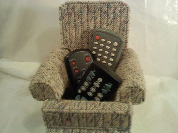 FREE SHIPPING Remote Control Holder Chair Vault B5