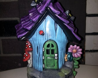 Hand Painted Ceramic Bumble Bee Abode Garden / Fairy House