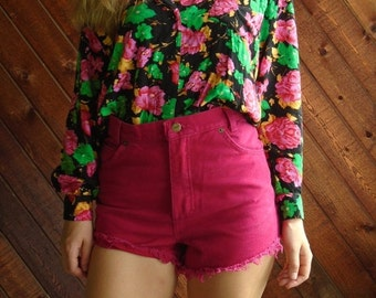 extra 25% off SALE ... 90s Bright Hot Pink Denim High Waist Cut Off Shorts - XS S