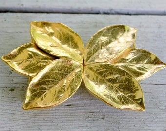 MIMI Di N Belt Buckle Leaf Design Gold Tone 1970s Vintage