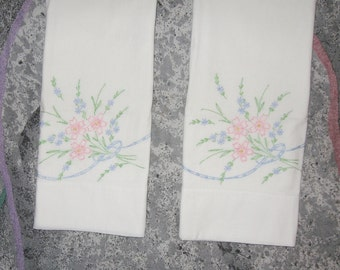 Vintage Pair of Embroidery Pillow Cases Pink and Blue Flowers