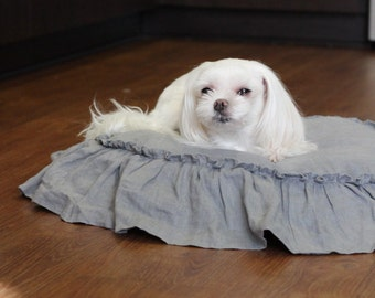 Iris..dog bed..hemmed ruffle 100% linen