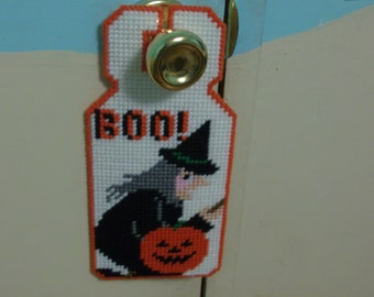 Halloween Door Hanger, Handmade Witch Door Hanger, Plastic Canvas Witch and Pumpkin Home Decor
