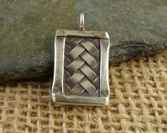 Hill Tribe Fine Silver Woven Rectangle Pendant - One Piece - htwr