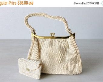 SALE Vintage White Corde Handbag / White Beaded Purse / Gold Frame / Sea Urchin