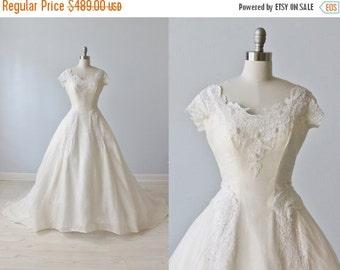 SALE 1950s Wedding Dress / Silk Organza Wedding Dress / Ballgown Wedding Dress / Sleeves / Grace