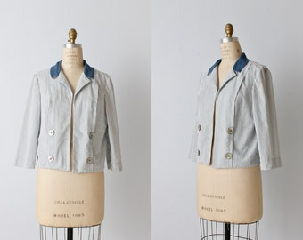Vintage 1960s Seersucker Cropped Jacket Blazer / Preppy / Blue and White / Shell Buttons