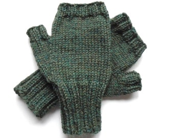 Texting Gloves for Men, Teen Boys, Handknit Fingerless Gloves, Hand Warmers, green heather, Peruvian wool, gift for men, mitts, size S