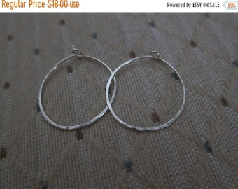 ON SALE 1 Inch Sterling Silver Hoop Earrings