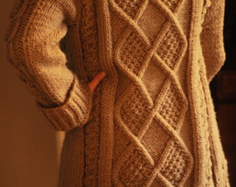 Leaves and Twigs Sweater/Cardigan