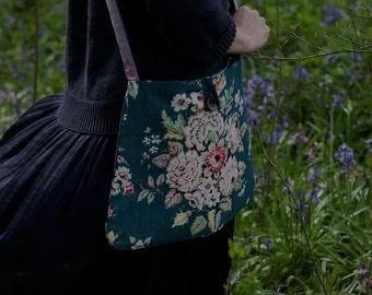 ARELLANO . Meandering Bag from The Linen Garden Studio