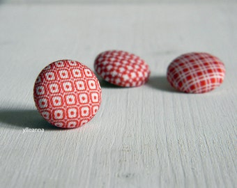 Lapel pin. Mens lapel button. Round boutonniere. Red, white. Geometric buttonhole.