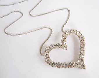 Long silver and rhinestone heart necklace (N17)