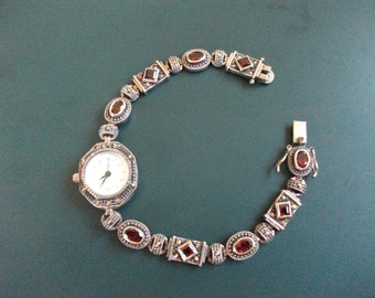 Vintage Ladies Quartz 925 Sterling Silver Marcasite & Carnelian Gemstone Wrist Watch