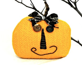 Primitive Halloween Pumpkin - Fall Pumpkin Decor - Felted Wool Pumpkin - Primitive Pumpkin - Primitive Halloween Decor - Jack-o-lantern