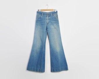 Vintage 70s BELL BOTTOMS / 1970s Faded Light Wash Blue Denim LEVI's Bells High Waist Jeans S