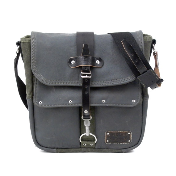 Navy Leather Messenger Bag  // Upcycled & Handmade by peace4you - Model paul-2010