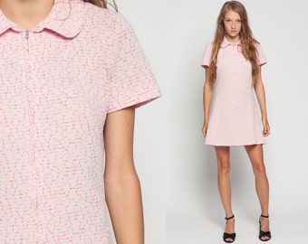 Mod Mini Dress 60s A Line Shift Peter Pan COLLAR Pastel Front Zip Up 1960s Hippie Vintage Sixties Twiggy Baby Pink Gogo Short Sleeve Large