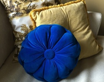 Vintage 1960s Boudoir Pillows Set of 2 VGC / Royal Blue Velour Tufted Accent Pillow