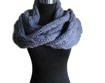 Blue Denim Knit Cowl, Blue Knit Infinity Scarf, Fall Fashion, Womens Circle Scarf, Cowl Scarf, Knit Acessories