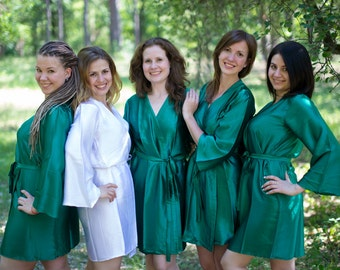 Solid Dark Green Satin Silk Bridesmaids robes | Kimono Style getting ready robes, wedding day robes, Bridesmaids gifts, Bridesmaid Robes
