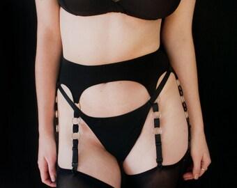 Elena garter belt - black - by Kayleigh Peddie