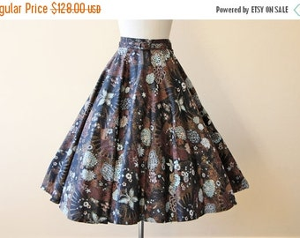 ON SALE 50s Skirt - Vintage 1950s Skirt - Novelty Print Glitter Metallic Cotton Circle Skirt w Butterfly and Fans S - Opium Dreams