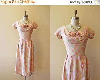 ON SALE 50s Dress - Vintage 1950s Dress - Designer Suzy Perette Bombshell Bust Shelf Wiggle Dress S - Tiki Torches
