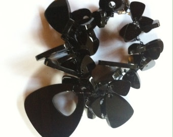 Clairely upcycled jewellery - Necklace - Bubbles Retrotriangle Black