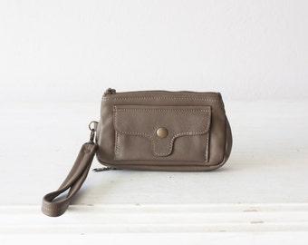 Wristlet wallet phone case in khaki brown leather, womens wallet with strap clutch wallet phone - Thalia Wallet