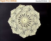 VALENTINES SALE Vintage Doily, 1960s, Pineapple pattern, Sheen Thread, Estate collection, Crochet