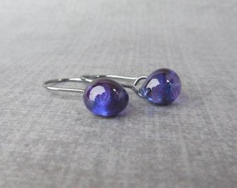 Grape Purple Dangles, Small Purple Dangle Earrings, Lampwork Purple Earrings, Small Wire Earrings, Oxidized Sterling Silver Earrings Purple