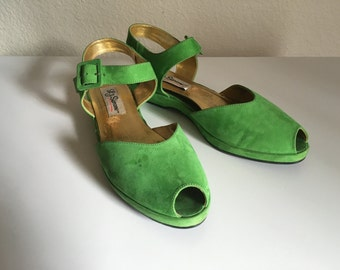 Vintage Shoes Women's 80's L J Simone, Wedge, Sandals, Green, Suede (Size 7 1/2)