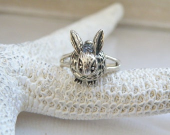 Vintage Hand Made Sterling Silver 925 Bunny Peter Bunny Rabbit Cast Ring Size 8