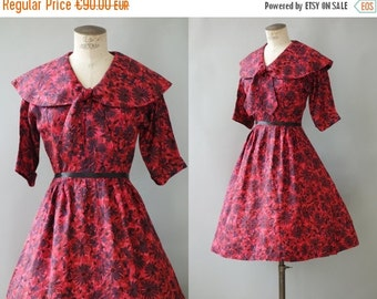 Marguerite dress   Black & wine red floral print silky dress   1950's by Cubevintage   small