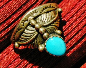 Navajo Sterling Silver Turquoise Foliate Ring