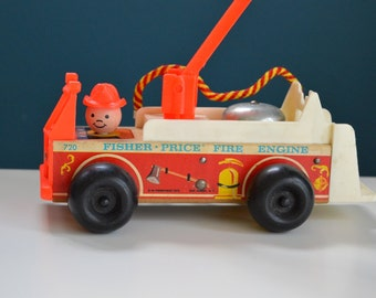 Vintage 1968 Wooden Fisher Price Little People Fire Truck