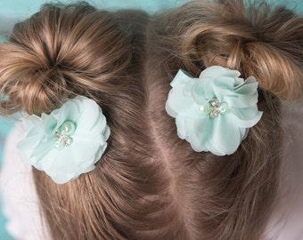 Aqua hair clips, 2 clips, flower clip, piggy tail hair, toddler hair clip, baby hair clip, baby shower gift, flower girl clip, mint hair