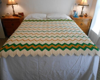 """Chevron Pattern Crocheted Blanket/Throw/Hand Made from the 80's to 90's Era/Size 66.25"""" by 60.5"""""""