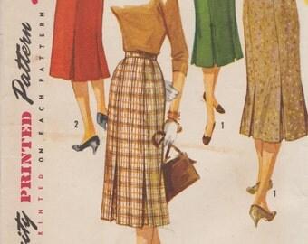 Simplicity 1731 / Vintage 50s Sewing Pattern / Skirt / Waist 24