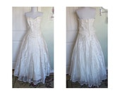 Vintage strapless wedding dress with shawl - sequins - small pearls - lace bodice - bust 36