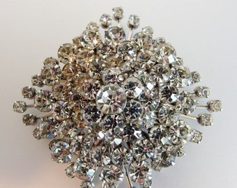Beautiful Sparkling Clear Stacked Rhinestone Brooch Pin